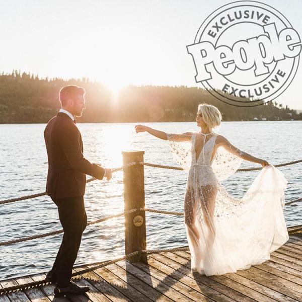 julianne-brooks-people-wedding-dock-blog